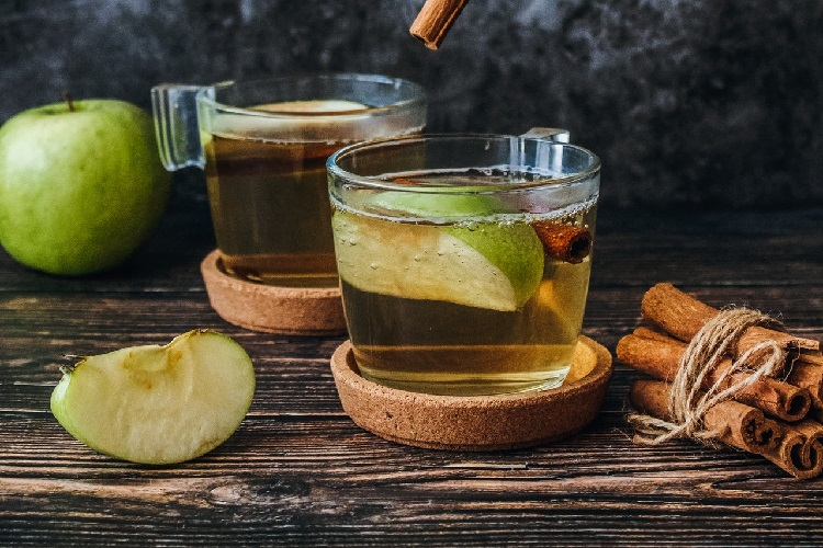 mulled and apple cocktail recipes